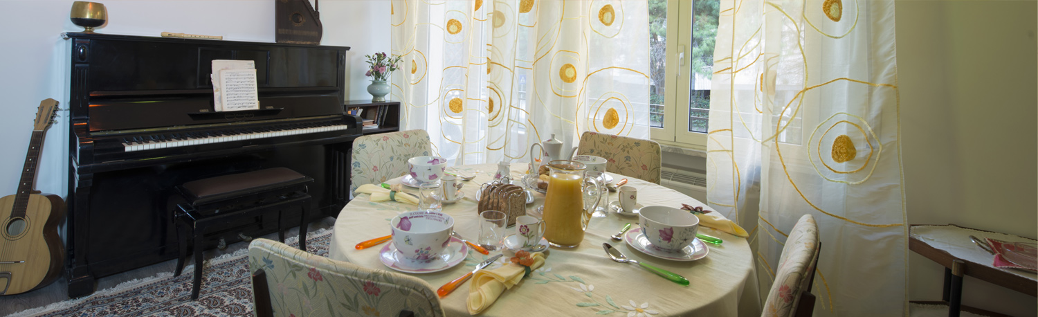 FortyFour B&B, Bed and Breakfast a Cagliari